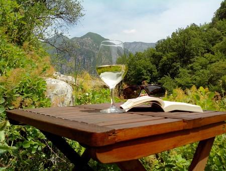 jardin yourtes breil sejour insolite nice alpes du sud