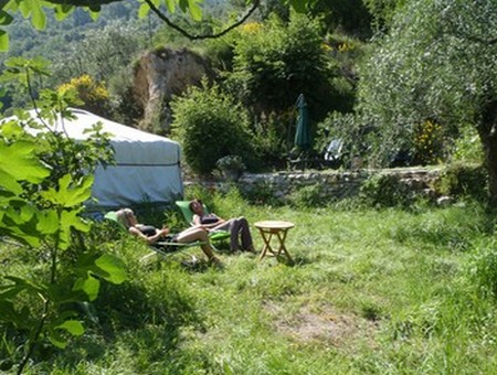 jardin vacances gite lisa breil sur roya