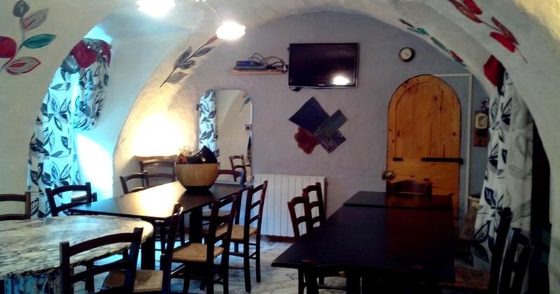 salle de restaurant gite breil sur roya