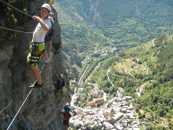 team building competition activite canyoning via ferrata nice paca