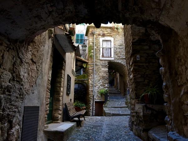 village rues
