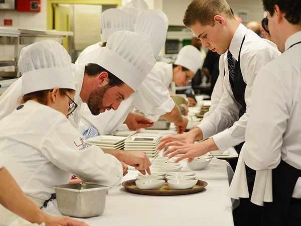 cuisine team building gastronomie