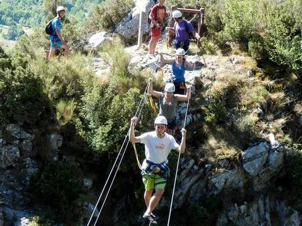 team building via ferrata 06